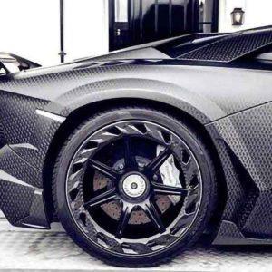 carbon fiber car